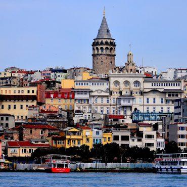 Istanbul, il fascino della Terra di Mezzo.